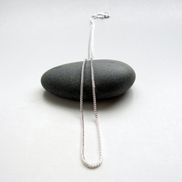 18 Inch Silver Plated Box Necklace