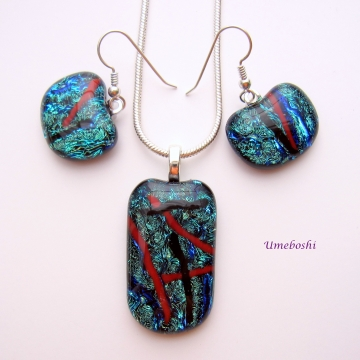 Sparkling Teal Dichroic Glass Cabochon Pendant and Dangle Earrings Set with Red and Black Streaks
