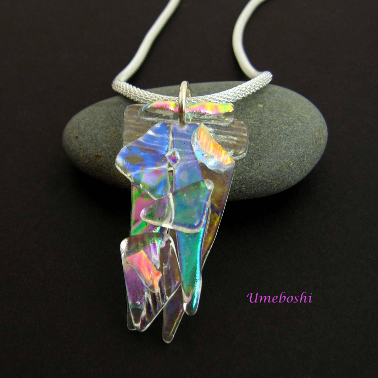 Brilliant dichroic glass necklace