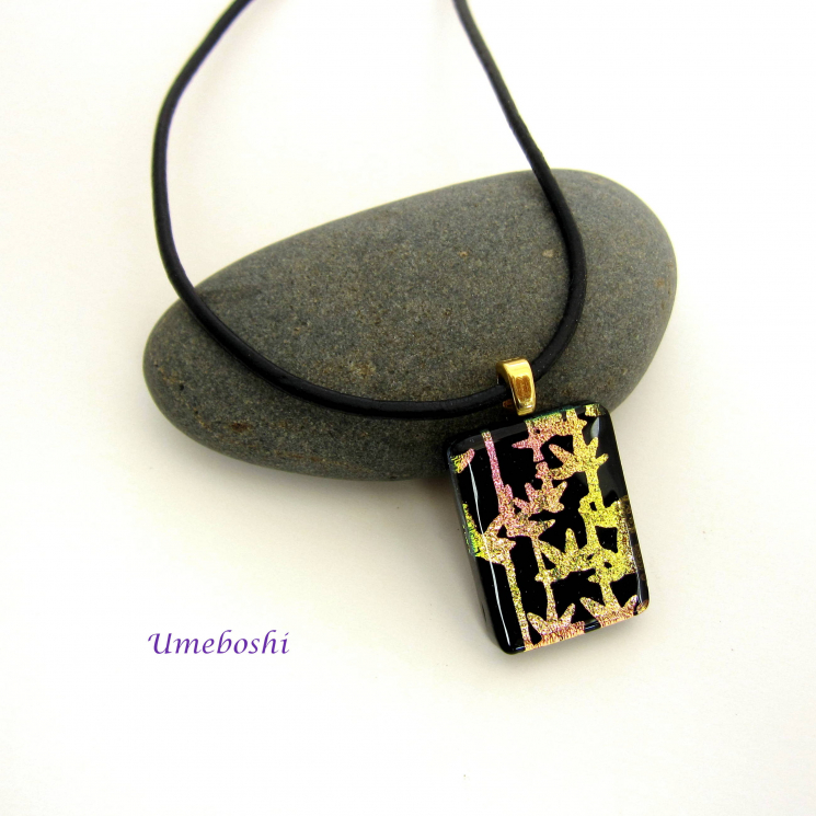 ichroic glass pendant with bamboo design